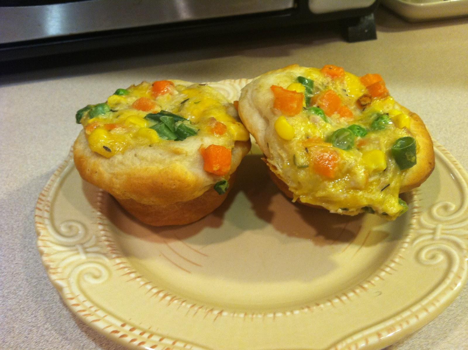 Living Sola Gratia: Chicken Pot Pie Cupcakes
