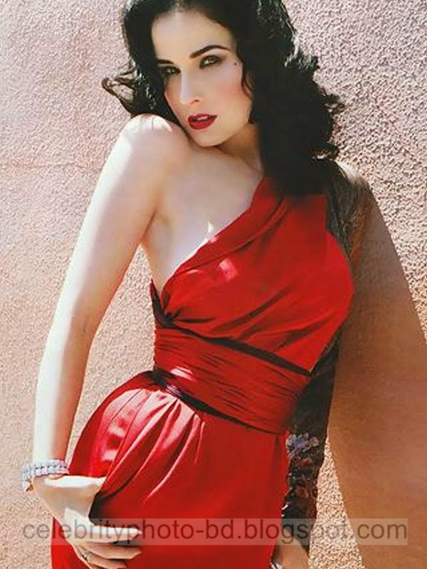 Dita+Von+Teese+Latest+Hot+Photos+With+Short+Biography008