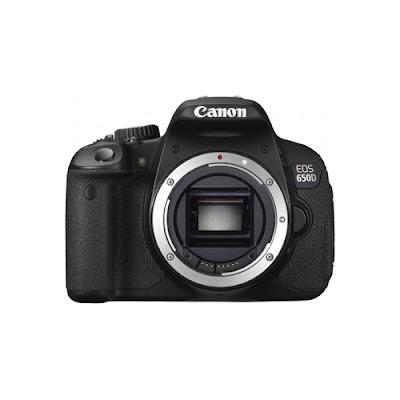 Fotografia della Canon EOS650D di fronte