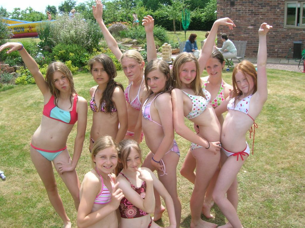 Non nude teen girls group are not