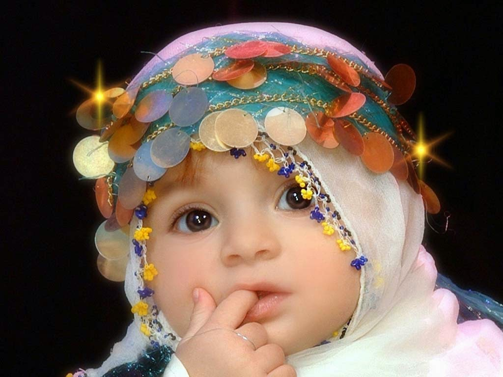 Foto Anak Bayi Muslim Lucu Memakai Jilbab
