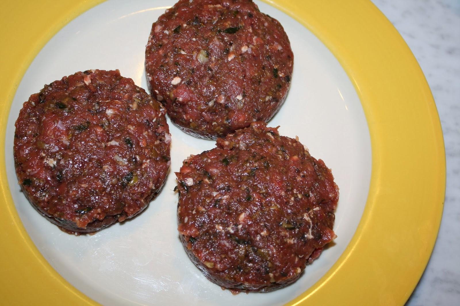 Come riciclo gli avanzi? - Pagina 2 Ricetta-hamburger-funghi-07