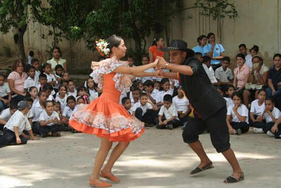 Costumbres y tradiciones colombianas: Trajes Típicos