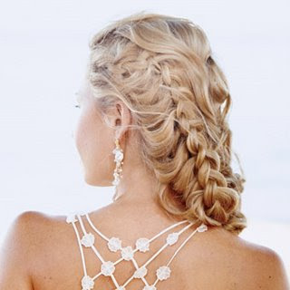 down hairstyles for homecoming