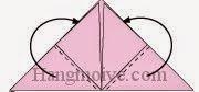Bước 8: Gấp hai góc giấy dưới về phía mặt sau tờ giấy.