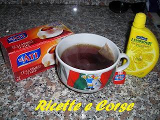 tè classico al limone per riscaldare una serata uggiosa