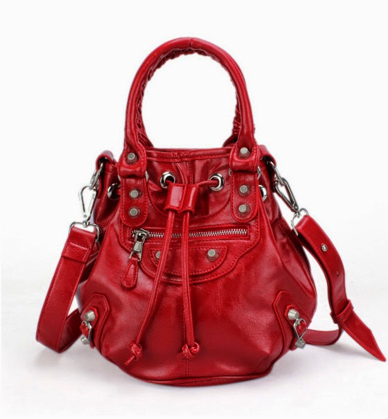 http://www.stylemoi.nu/drawstring-mini-bucket-bag.html