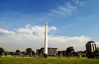 Hotel Murah dekat Stasiun Pasar Turi & Tunjungan Plaza