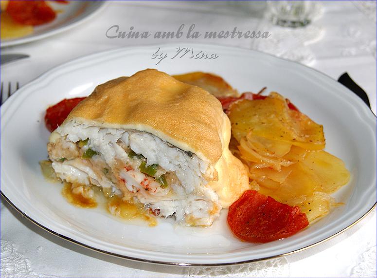 Cuina amb la mestressa merluza rellena a mi estilo con for Merluza rellena al horno