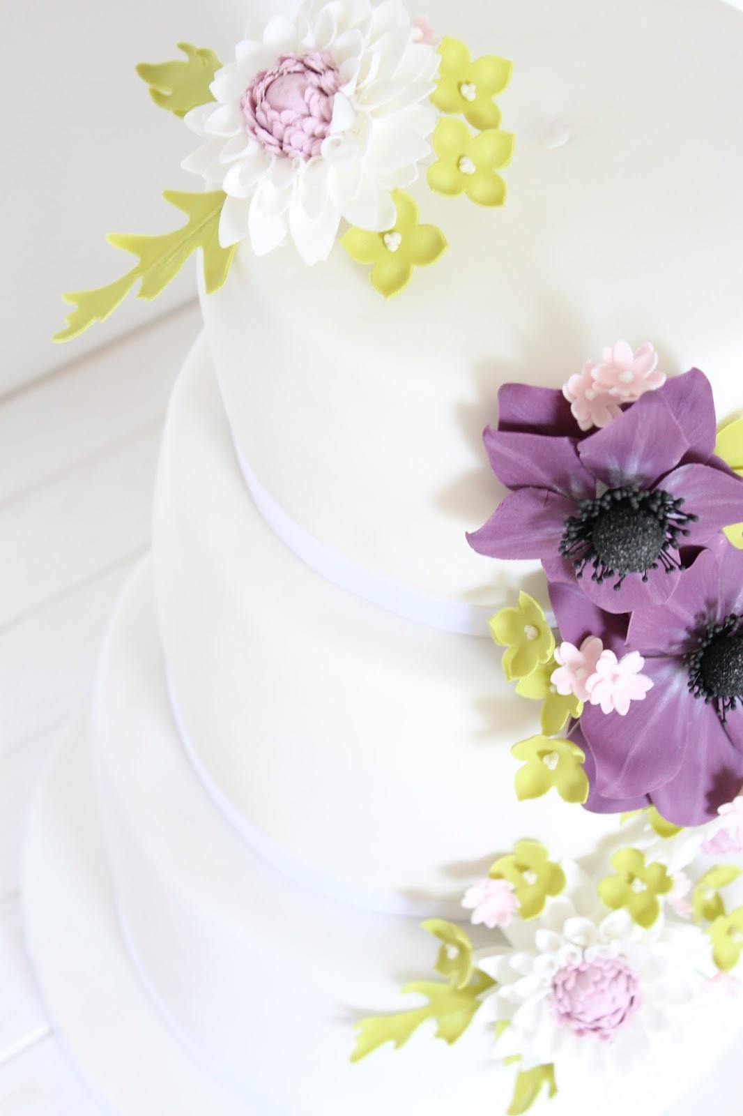 Feines Handwerk Lila Rosa Grune Zuckerblumen Hochzeitstorte Fur