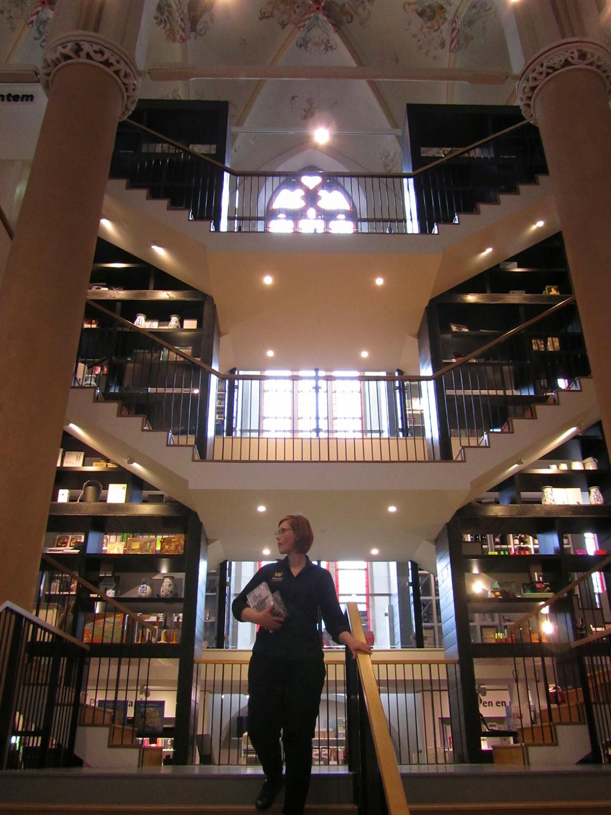 staircase in Waanders in de Broeren