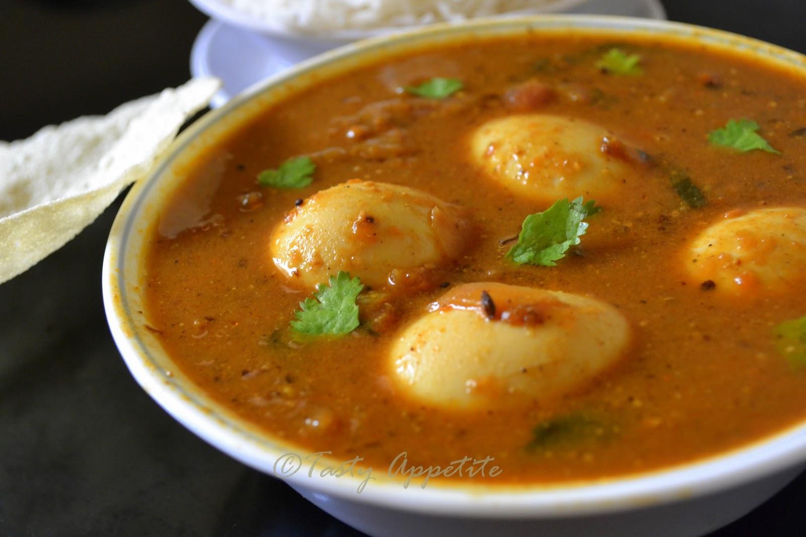 Chettinad style egg kuzhambu egg masala curry muttai kuzhambu forumfinder Gallery