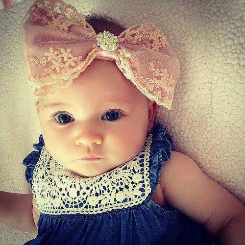 Modèles bébé mignon