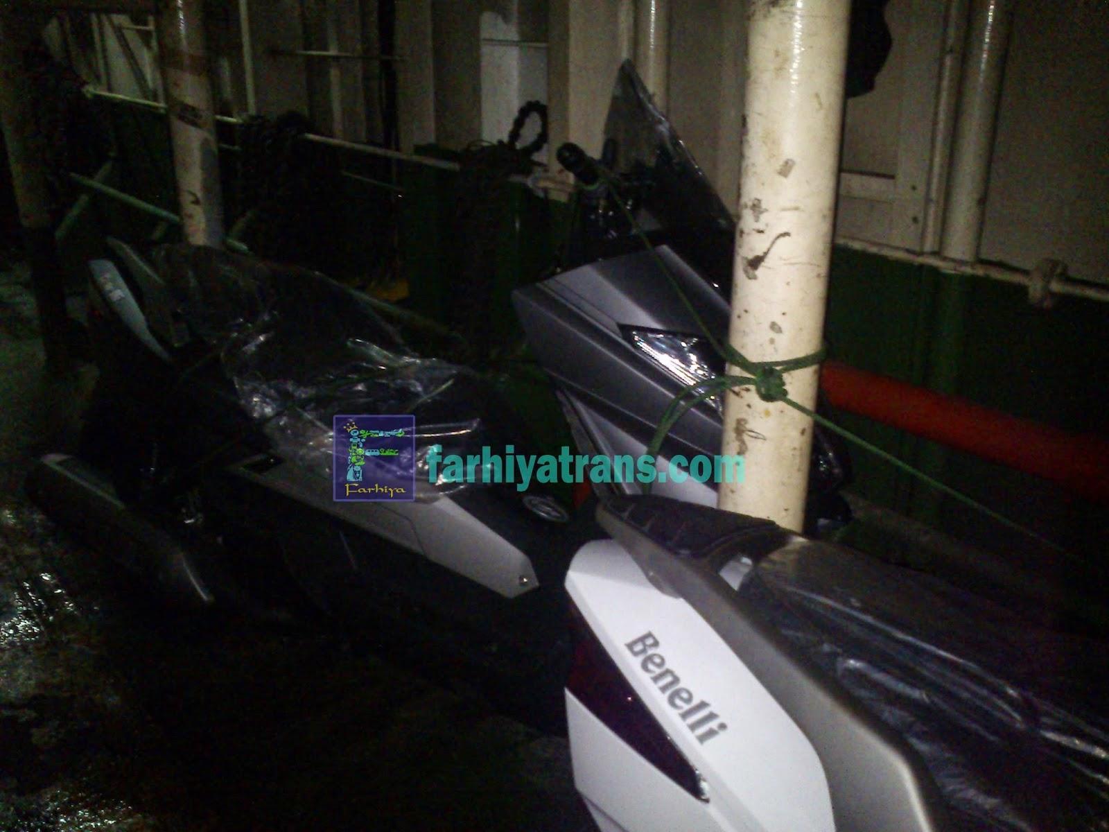 Pengiriman sepeda motor scooter Benelli dari Surabaya tujuan Makassar
