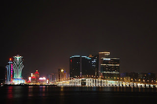 Tempat Wisata Di Macau - Governor Nobre de Carvalho Bridge