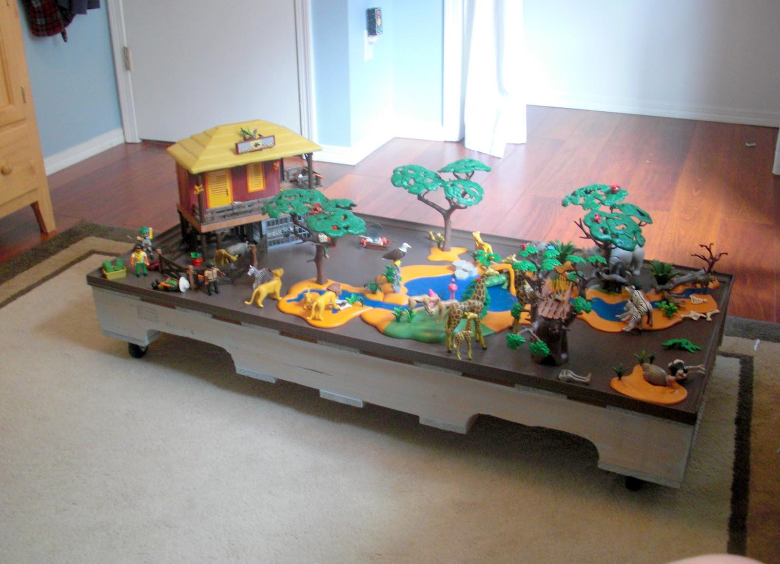 Rolling Pallet Play Table DIY Desert Willow Lane