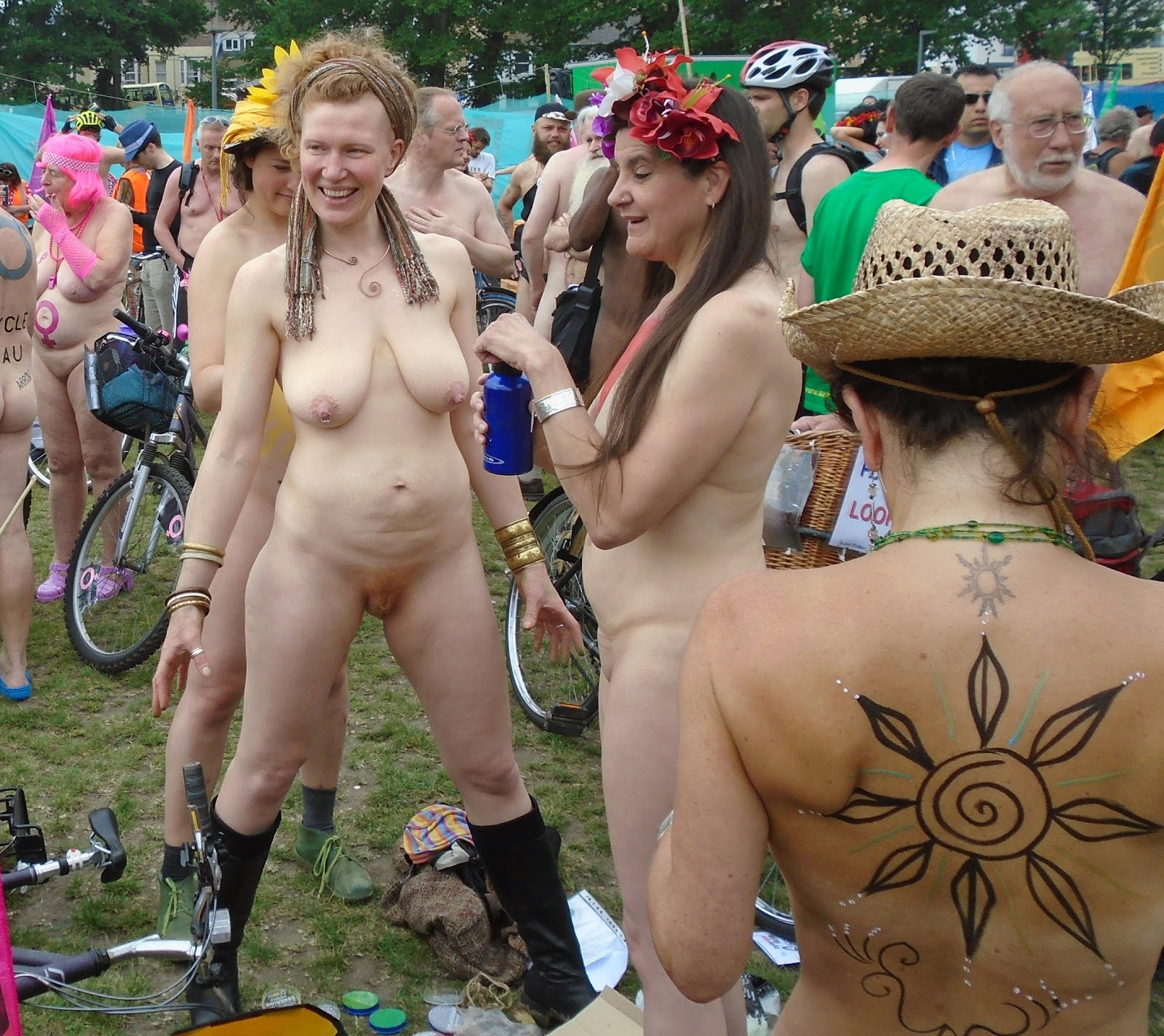 Skinny granny orgy