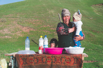 kyrgyztsan tours, kyrgyzstan holidays, kyrgyz art craft