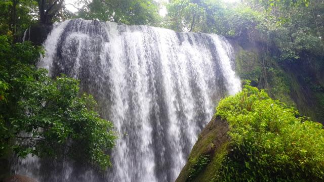 Wisata Alam Air Terjun Batulappa Barru