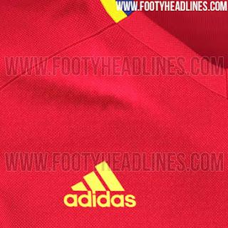 gambar detail terbaru musim depan spanyol Detail terbaru Jersey Spanyol training warna merah terbaru musim depan 2015/2016 di enkosa sport
