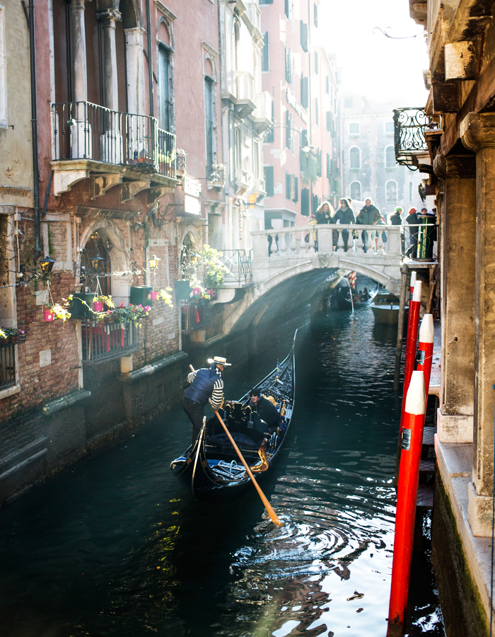 Gondola Venice 2015 photo by Kreetta Järvenpää www.gretchengretchen.com