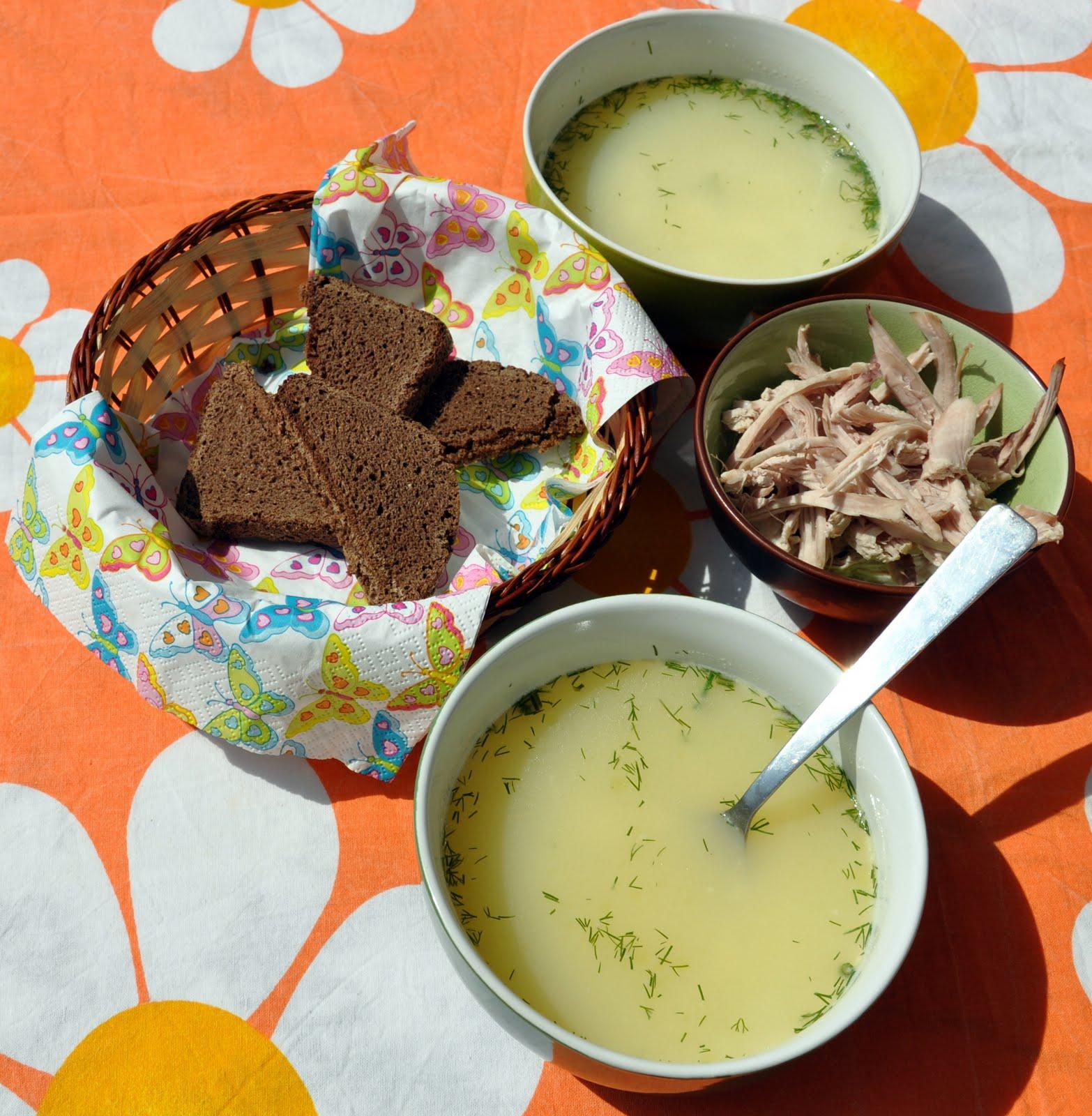 Пилешка супа със застройка