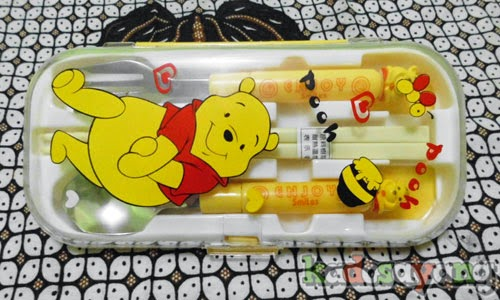 Alat Makan Set Winnie The Pooh