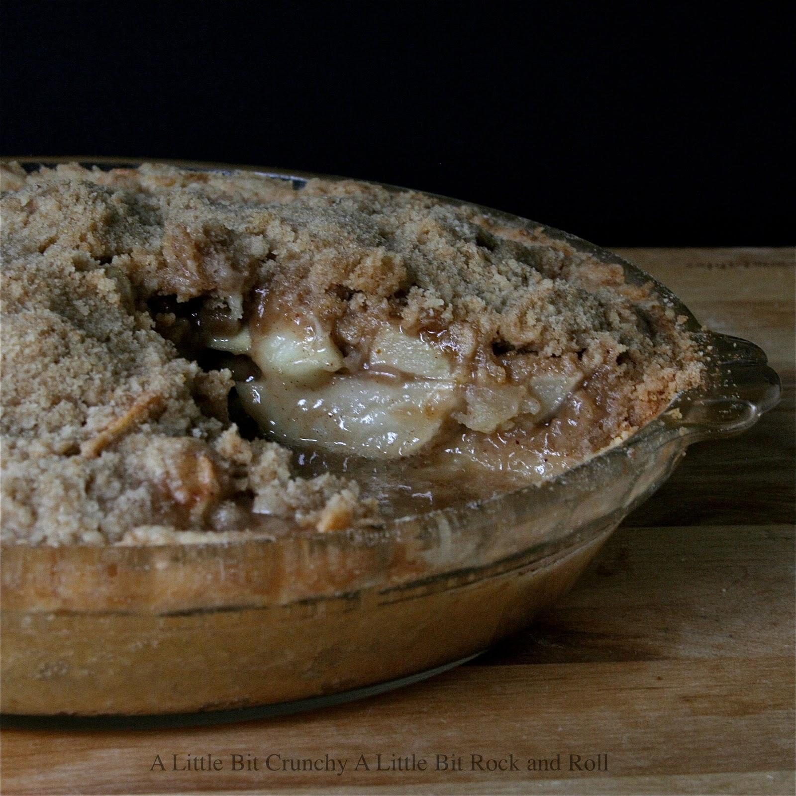 ... Crunchy A Little Bit Rock and Roll: Brown Bag Baked Dutch Apple Pie