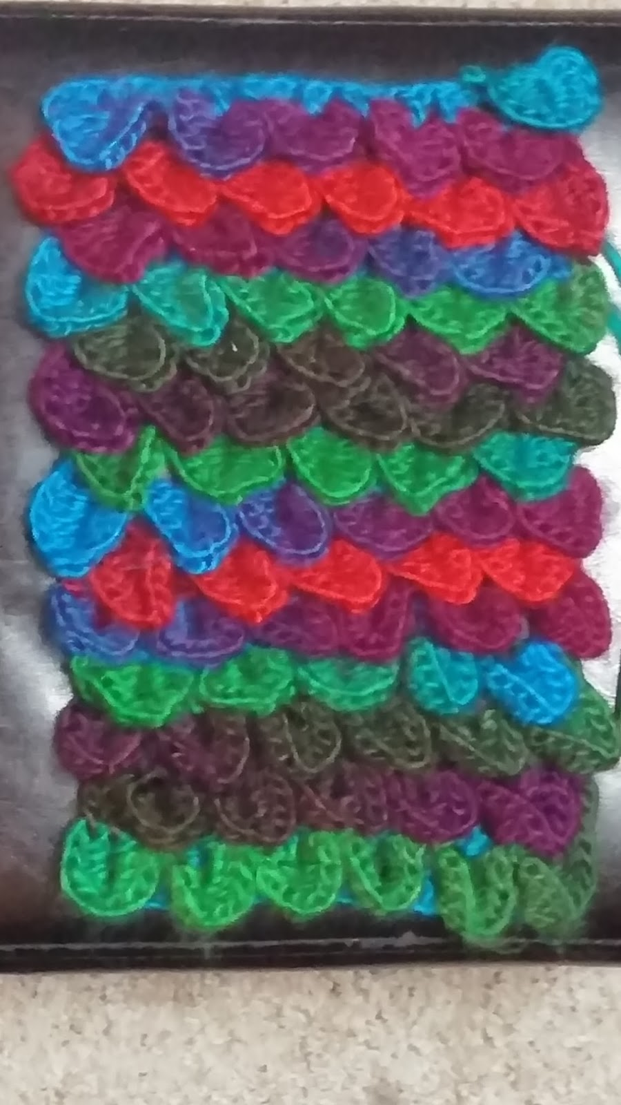 Kaelyn39s Creative Studio The Dragon Scale Stitch Scarf