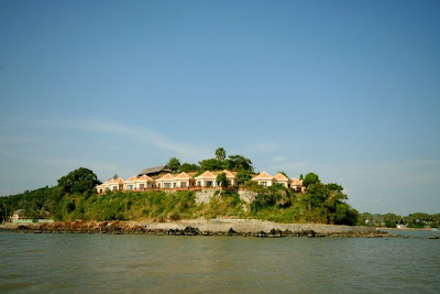 Hon Trem island - An ideal place for relaxation or honeymoon