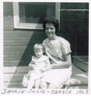 Jacqueline Desgroseilliers Belair with her niece Julie in 1963