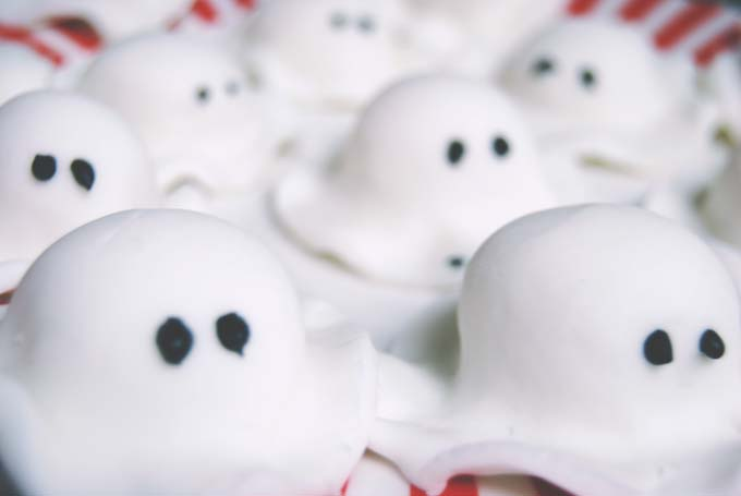 Marzipan ghosts