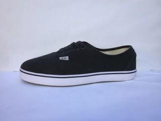 Sepatu Vans Authentic grosir,Sepatu Vans Authentic ecer,