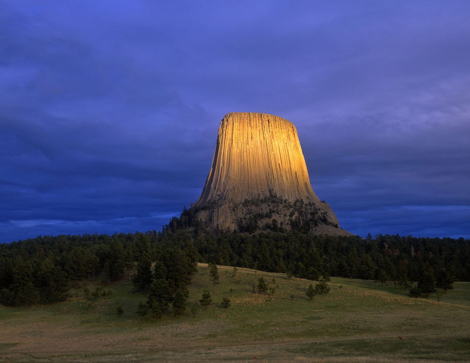 Devils Tower Wy >> Strange Rock Formations Around The World ~ Damn Cool Pictures