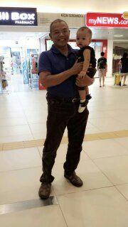 Pak Din dan Cucu