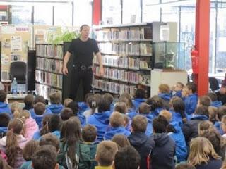 Storyteller Niall de Búrca in DeValera Library