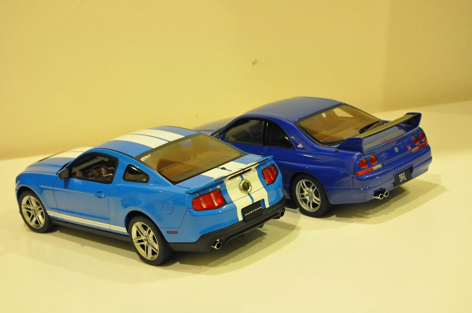 AutoArt Nissan Skyline R33 GTR LeMan Edition vs AutoArt