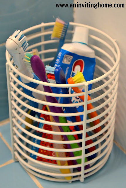 toothbrushes all together