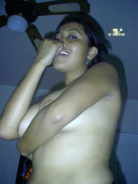 Hot Pictures of Sexy Nude Indian Girl