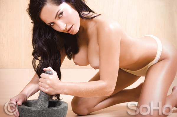 Paola Tovar Actriz Colombiana Desnuda En Soho