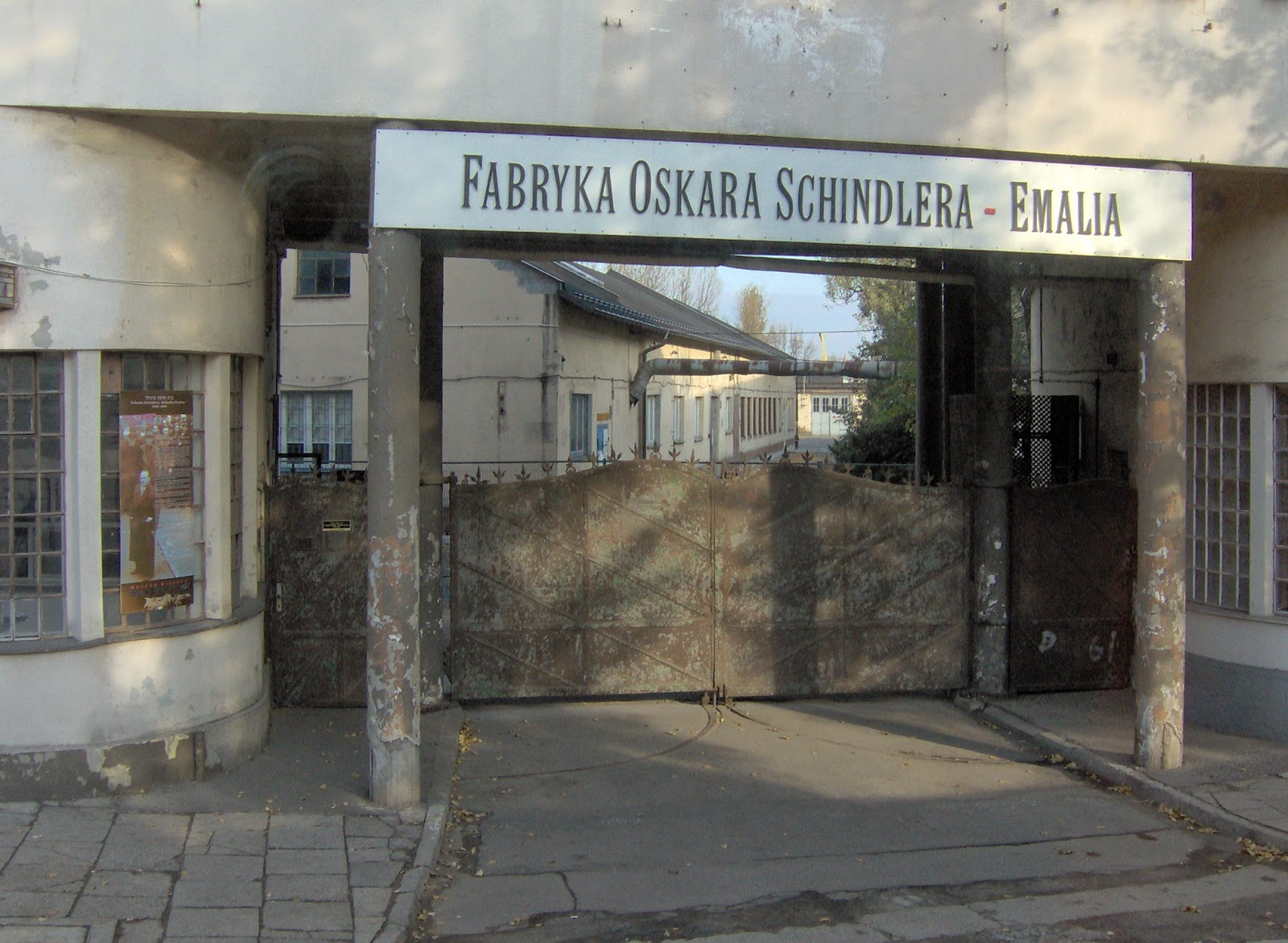 unit 2 schindler s list essay Free essay on powerful analysis of schindler's list available totally free at echeatcom, the largest free essay community.