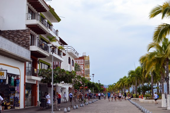 Malecon, Puerto Vallarta, Shopping, Princess Cruises, Cruise