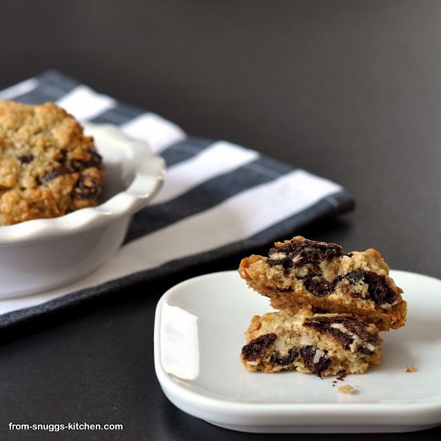 Coconut Oatmeal Biggies / Cookies