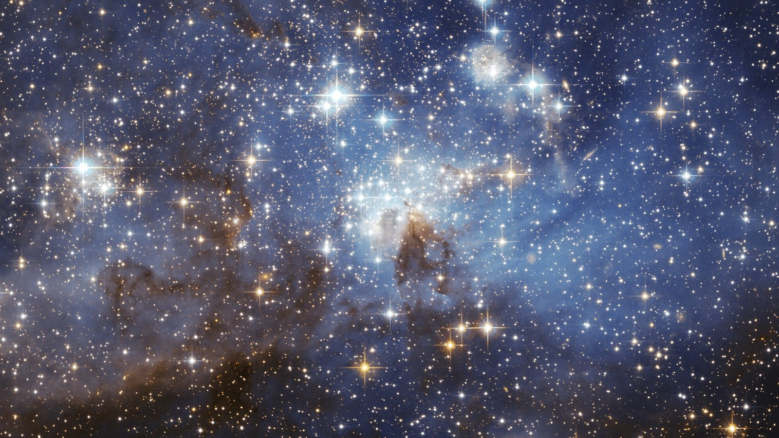 Какого цвета космос