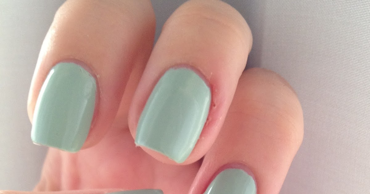 Nail of the Day: Sally Hansen Salon Manicure – Green Tea | RosyChicc