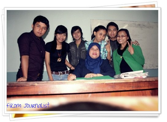 With Dosen News Writing Ibu Yeny, Ssos, Msi