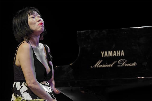 Aki Takase - Festival de Jazz de Getxo - Plaza Biotz Alai (Getxo) - 1/7/2011