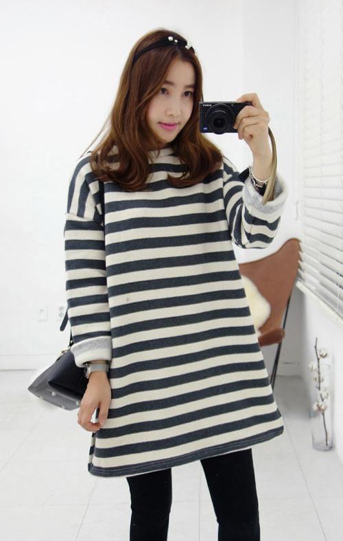 Long Stripe Print T-Shirt