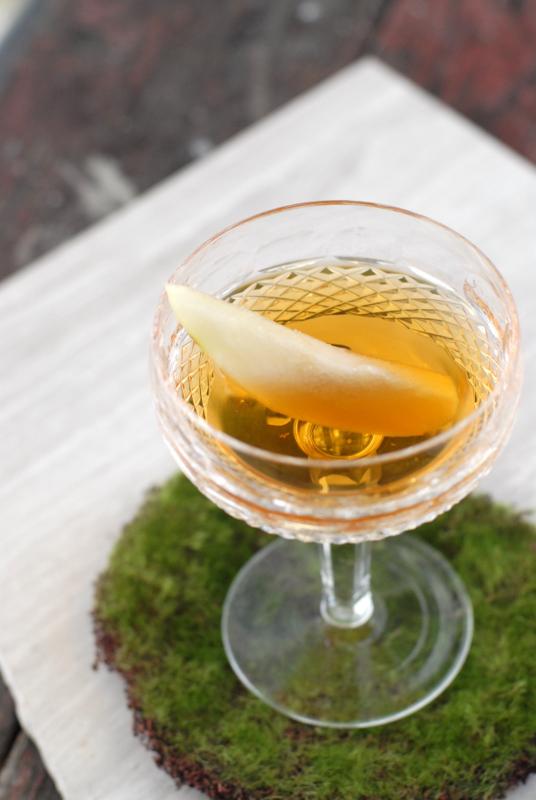 liqueur homemade pear liqueur getty images homemade pear liqueur ...
