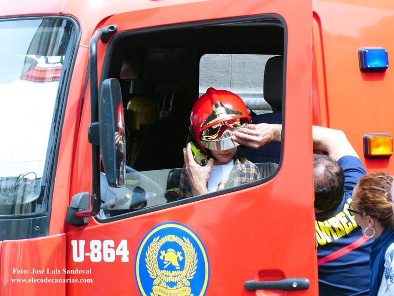 Bomberos de Las Palmas de Gran Canaria con Honores y Distinciones